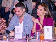 Prezidentka Miss Czech republic Taťána Makarenko s dalším členem poroty Zdeňkem Bahenským, který je i jejím dlouholetým přítelem.
