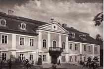 Historie kyjovického zámku sahá až do 18. století.