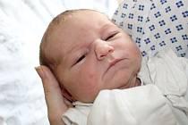 Kristýna Černohorská přišla na svět 12. prosince, vážila 3,39 kilogramu a měřila 51 centimetrů. Doma už čeká na miminko šestiletá sestřička Nelinka. Rodiče Lucie a Petr z Dolních Životic jí přejí hlavně zdraví a štěstí.