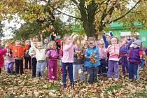 Děti ze školky v Zábřehu se mohou těšit na novou zahradu.