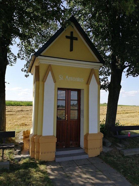 Kaplička sv. Antonína u Oldřišova. 29. července 2021, Opava, Oldřišov.