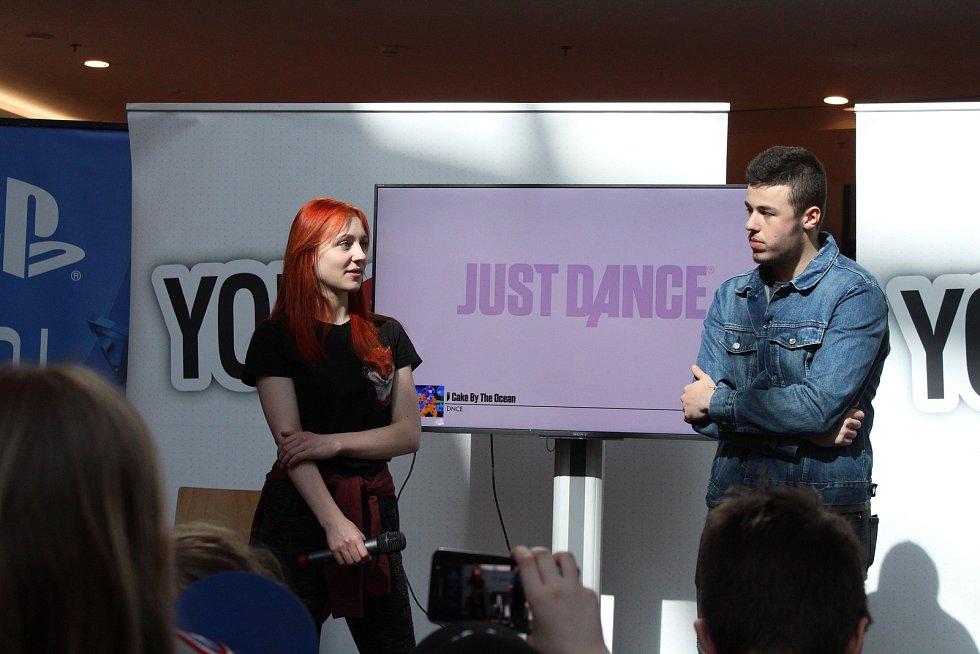 Hvězdami opavské show byli i Natyla (vlevo) a Porty (vpravo).
