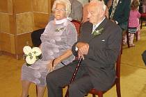 Manželé Košárkovi si zopakovali svatební obřad.