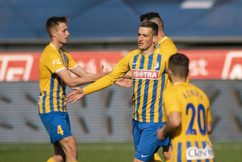 Praha - Zápas fotbalové FORTUNA:LIGY mezi AC Sparta Praha a SFC Opava 25. dubna 2021. Lukáš Holík (SFC Opava).
