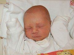 """Matouš Žůrek se narodil 29. srpna, vážil 2,72 kg a měřil 50 cm. """"Je to naše první miminko. Přejeme mu hodně štěstí, zdraví a samé dobré lidi kolem sebe,"""" uvedla maminka Radka a tatínek Lukáš Žůrkovi z Opavy-Komárova."""