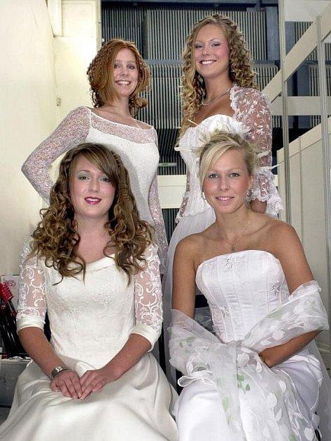 Krásné nevěsty budou mít ppřehlídku za doprovodu street-punkové kapely Proti směru. Ilustrační foto.