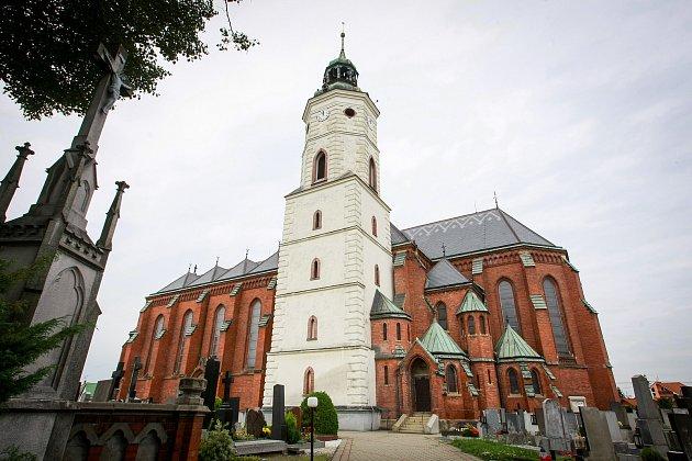 Kostel svatého Bartoloměje vKravařích.