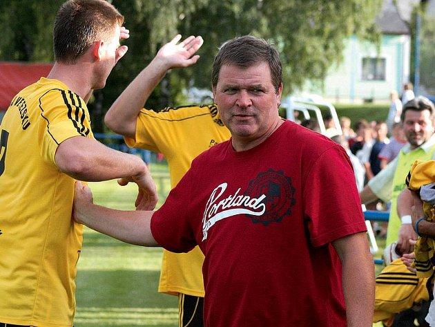 Trenér Háje Petr Nesrsta.
