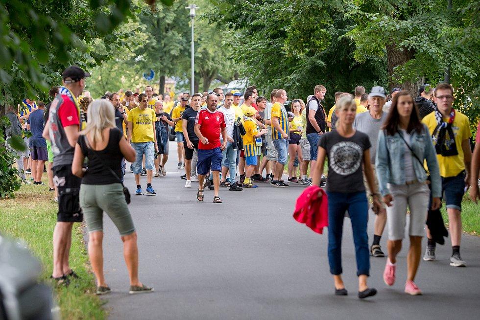 Pochod fanoušků