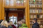 Poprvé v letošním roce se v pátek pro veřejnost otevřely brány raduňského zámku. Na návštěvníky čekal bohatý program, který se nesl v duchu probíhajících svátků jara.