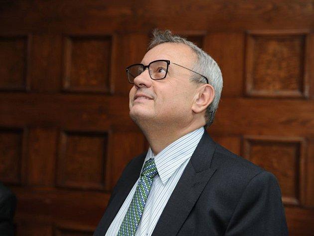 Vladimír Dlouhý byl nadšený z prostor v Městském domu kultury Petra Bezruče.