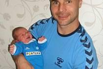 Jan Nezmar se synem Honzíkem.
