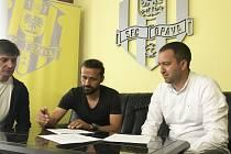 Pavel Zavadil podepsal novou smlouvu