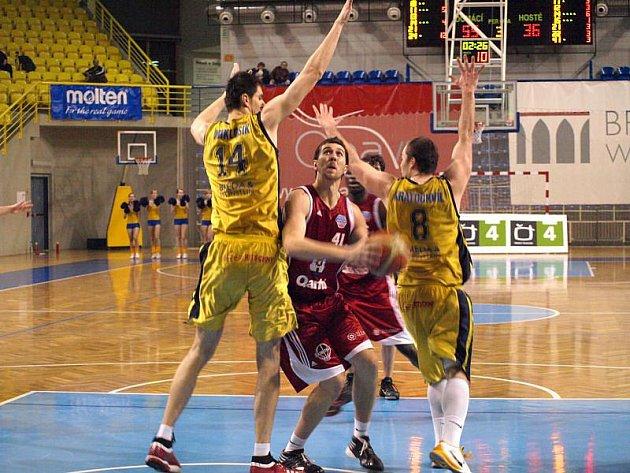BK Breda & Weinstein Opava - Basketbal QANTO Svitavy 82:64