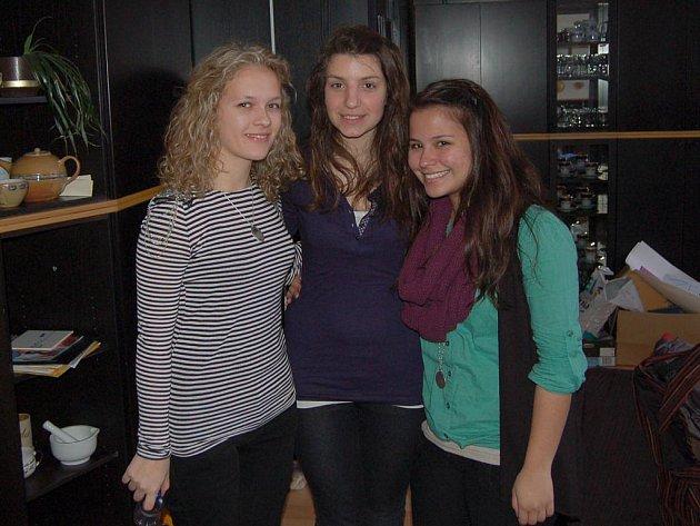 Na fotografii zleva: Kristina Pallová, Andrea Grimaldi a Natalia Zamboni.