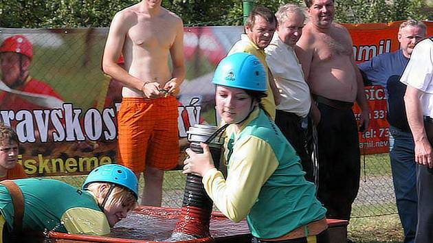 Moravskoslezský pohár má za sebou druhé kolo. V Sádku se opět dařilo favoritům. V mužích vyhráli Bolatičtí, v ženské kategorii dominovaly ženy Hněvošic.