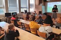 Distanční výuku v Opavě zpestřila online přednáška.