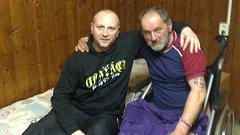 František Přibyl (vpravo) v ubytovně. Na fotce s Mirkem Daňem.