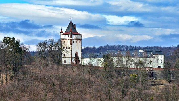 Bílá věž je nespornou dominantou Hradce nad Moravicí.