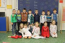 Děti z 1. třídy.