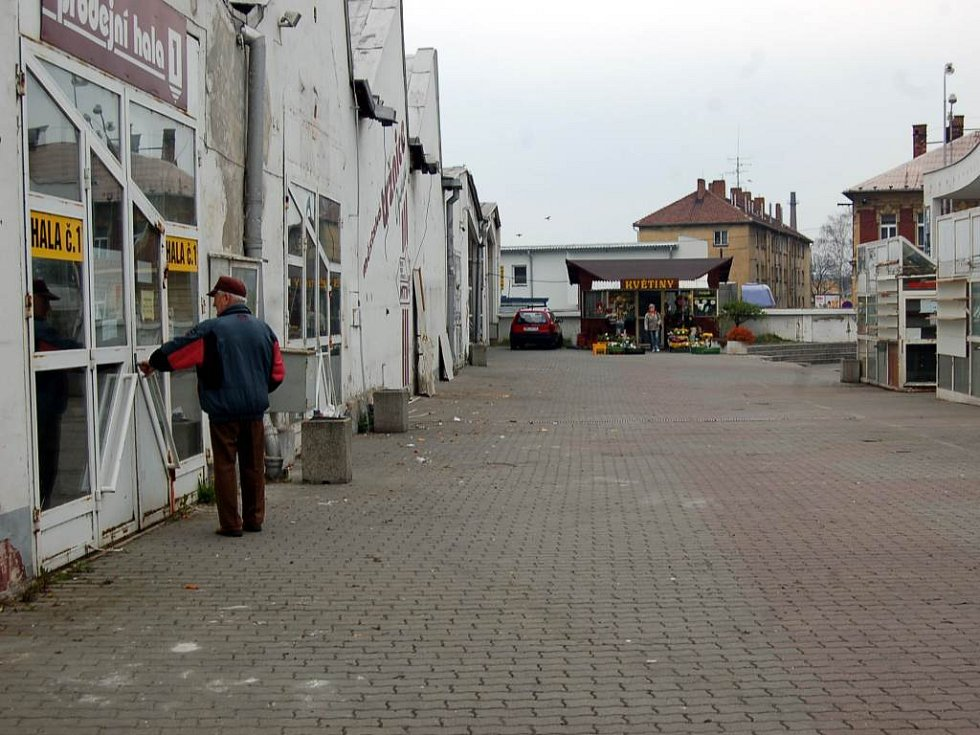 Památkáři trvají na zachování a zařazení bývalé textilní haly do konceptu Opava Plaza.