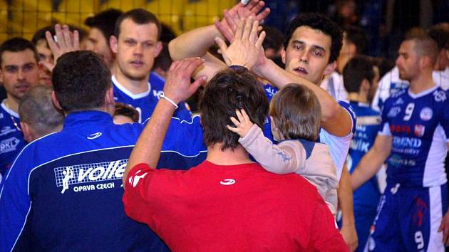 Jedině vítězství bere z dnešního zápasu v Ústí nad Labem trenér extraligových opavských volejbalistů Martin Demar.