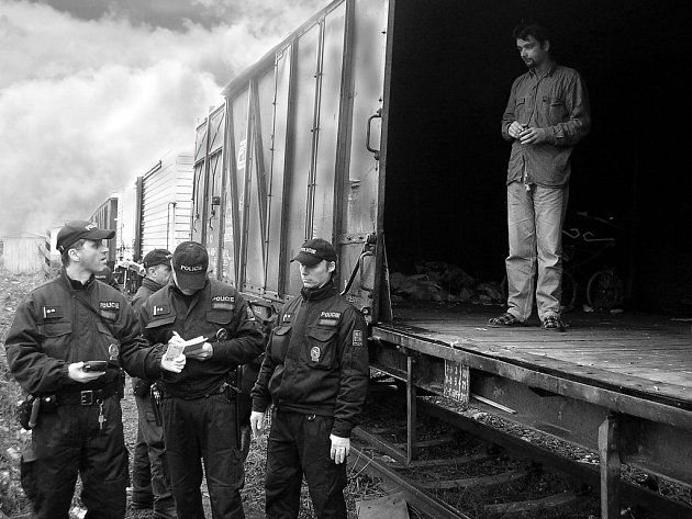 Kontrola cizinců se uskutečnila i na vlakových nádražích v Opavě.