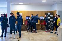 Fotbalistům Slezského FC Opava začala tento týden zimní příprava. Svůj tábor rozbili v areálu S-sport ve Vésce nedaleko Olomouce.