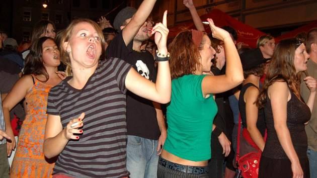 Hlučná kapela. Právě na hluk při koncertě skupiny Gaiah Mesiah si někteří obyvatelé stěžovali.