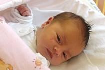 Ema Gewiesová se narodila 13. července, vážila 2,83 kilogramů a měřila 48 centimetrů. Rodiče Nikola a Radek z Kravař přejí své prvorozené dceři do života hlavně zdraví a štěstí.