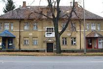 Dům na Krnovské ulici nyní patří městu. Jak s budovou jeho vedení naloží, zatím není jasné.