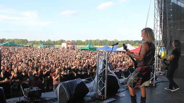 Festival, na který se těší zejména všichni příznivci rockové muziky, je konečně tady. Holba rock na grilu, jak se akce nazývá, rozparádí slezskou metropoli už posedmé a letos poprvé hned ve dvou dnech.