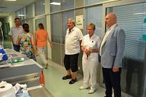 Nemocnice měla členům výboru co ukázat.