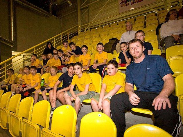 Mladí basketbalisté ZŠ Otická.