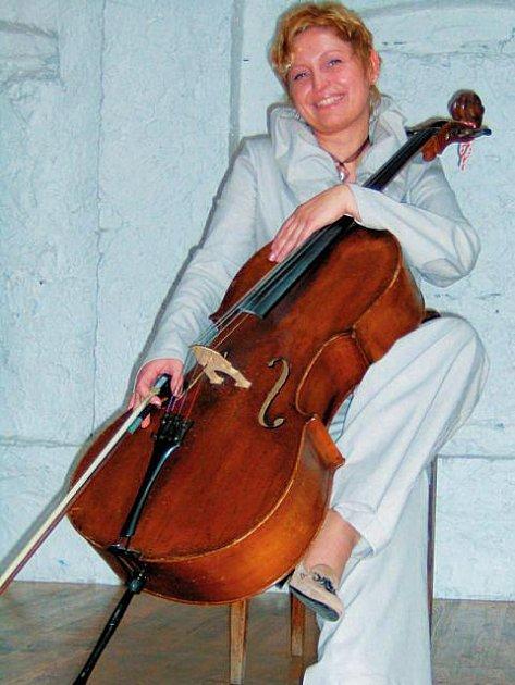 Hudbu i verše prožívá Daniela celým srdcem naplno.