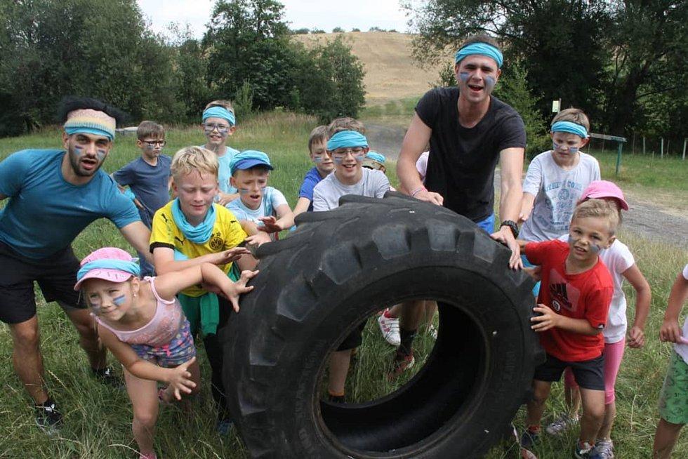 Kroužky pořádají hlavně pro děti předškolního a mladšího školního věku.
