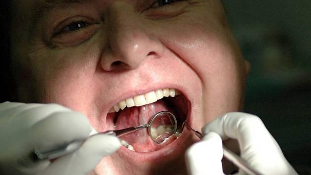 Na jednoho zubaře připadá na Opavsku zhruba 1845 pacientů.