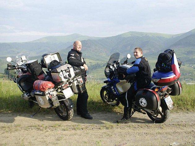 Helmut a Michal už mají za sebou Slovensko a před sebou další zemi – Ukrajinu.
