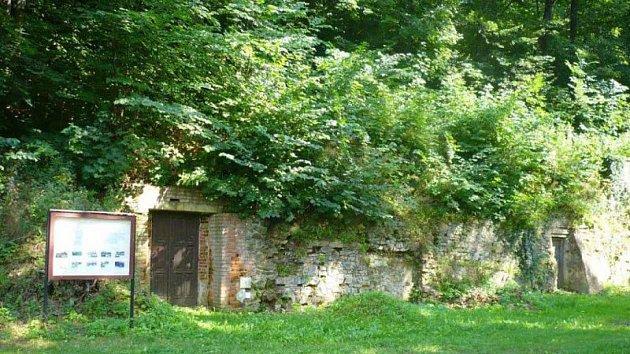 Vchod do pivovarského sklepení vHradci nad Moravicí.