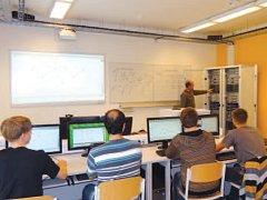 Studenti mají na průmyslovce k dispozici novou ultramoderní laboratoř informačních technologií.