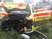 Hlučínsko: střet sanitky s autem si vyžádal tři zraněné