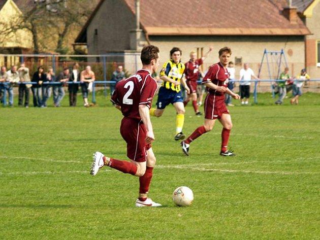 Fotbalisté Bohuslavic vyhráli v Čeladné a jedou tvrdě za postupem do divize.
