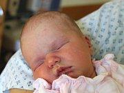 Nelly Stříbná se narodila 11. září, vážila 3,55 kilogramů a měřila 51 centimetrů. Rodiče Pavla a Marek z Hněvošic jí do života přejí hlavně zdraví. Na Nelly už doma čeká sestřička Vanda.