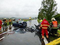 Těžká nehoda se odehrála v pátek dopoledne poblíž Rybníčků na silnici mezi Opavou a Hradcem nad Moravicí.