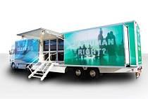 S čistotou vzduchu je to především ve větších městech posledních několik desítek let na štíru. Společnost Camfil Farr se touto problematikou dlouhodobě zabývá a v pondělí 17. září přiveze do Opavy svůj kamion, který je vybaven unikátní mobilní laboratoří.