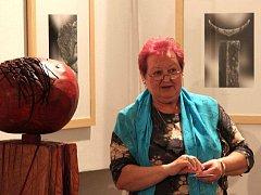 Zdeňka Pfefferová zahájila výstavu výtvarné skupiny ITA.
