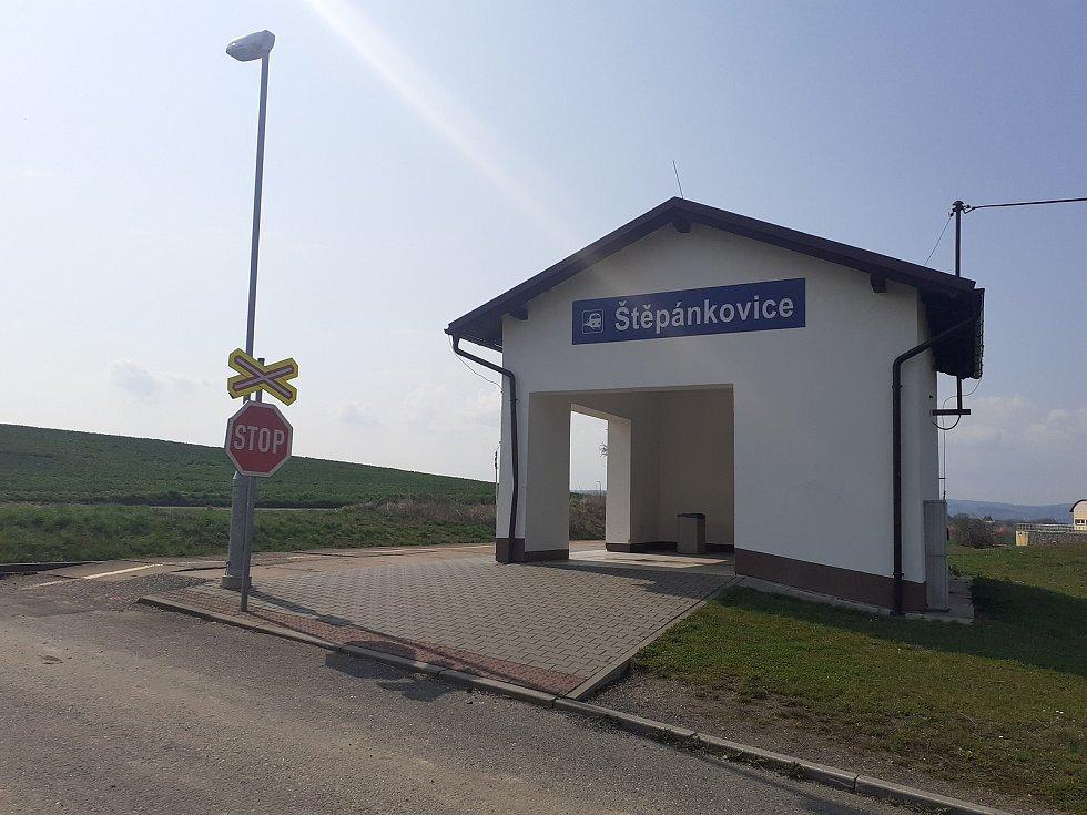 Nádraží ve Štěpánkovicích.