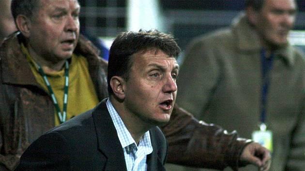 Trenér Slezského FC Opava Jiří Neček.