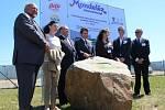 V pátek začala v Opavě-Vávrovicích výstavba nové továrny na sušenky americké společnosti Mondelez International.