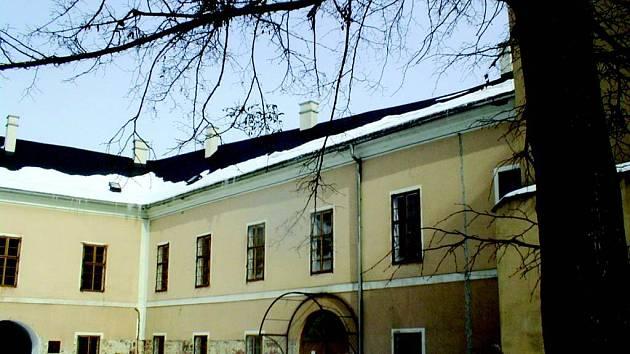 Zámek v Hlučíně prošel od roku 2002 řadou rekonstrukcí. V sobotu se uskuteční slavnostní otevření, které bude zařazeno do zámeckých slavností.